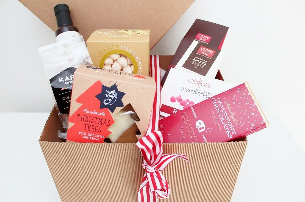 Merry Christmas Sweet Treats Gift Hamper- without Merry Christmas Truffle Slice | Delicious Gourmet Food Hamper | The Gift Loft (NZ)