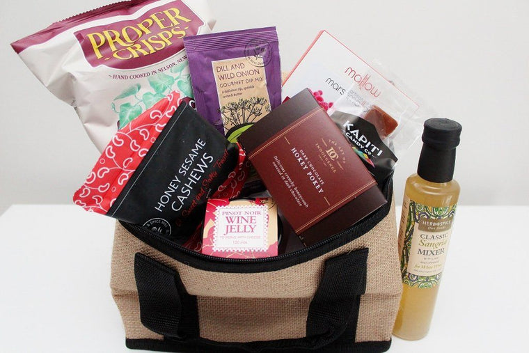 Jute Cooler Picnic Bag and Gourmet Food Hamper | The Gift Loft (NZ)