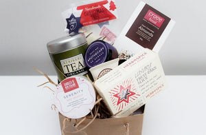 Merry Christmas Serenity Candle & Treats Hamper | Gift for Her | The Gift Loft (NZ)