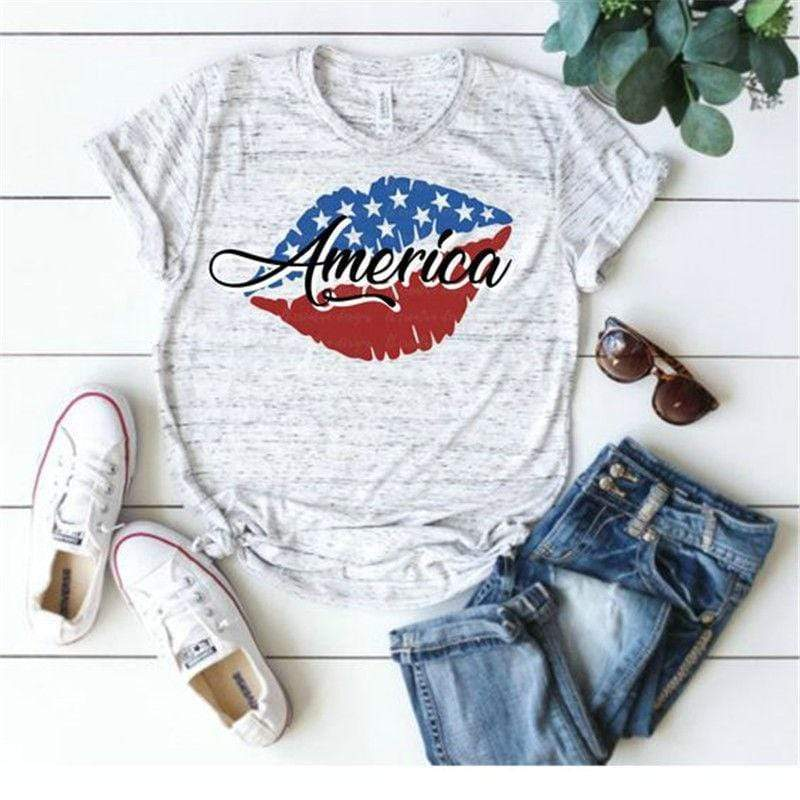 wiccous.com T-shirts light grey / S Merica Lipstick Printed T-shirts