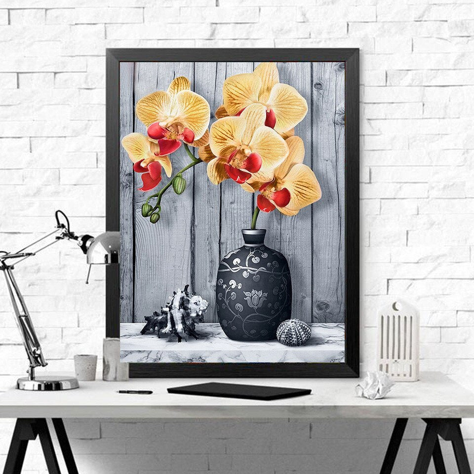 Elegant Flowervase - Diamond Painting Kit