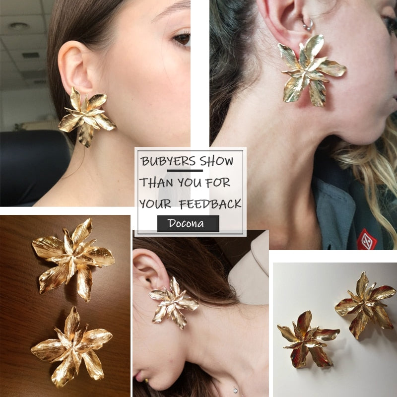 Dior - Elegant Flower Earrings