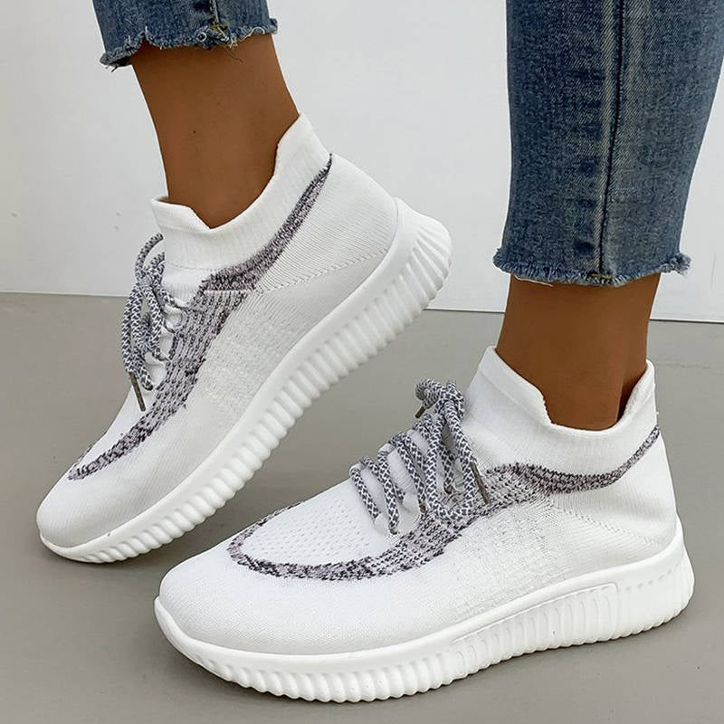 Femmes Athletic Flyknit Tissu respirant Hit Colors Slip On Sneakers