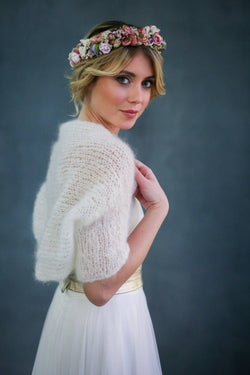 Brautjacke, Strickbolero in Ivory - Love Is All Around