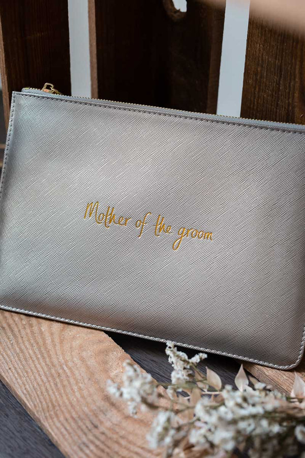 "Pouch für die Bräutigamsmutter ""Mother of the groom"" in Metallic Silber"