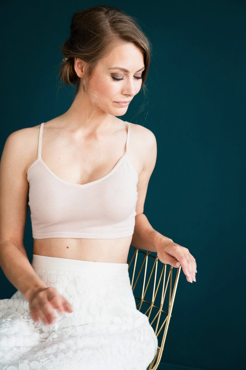 Kurzes Stricktop, Crop Top in Blush mit Spaghettiträgern