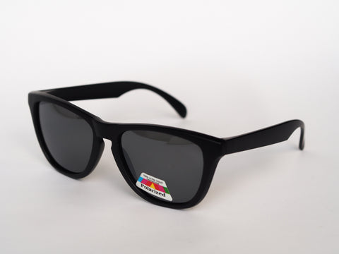 Black on Black Polarized