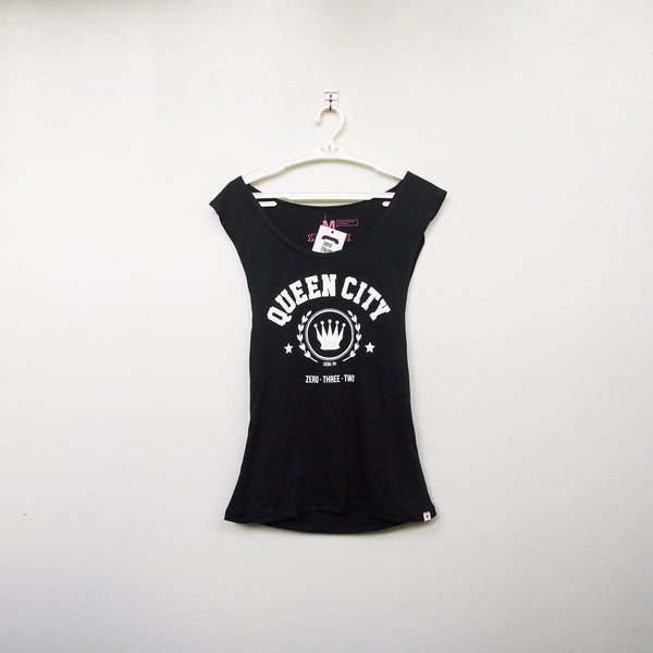 Queen City Muscle Tee (Women tee)