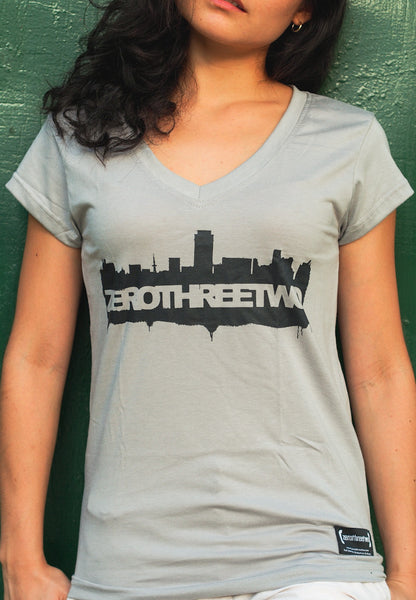 Skyline Women (Grey Shirt)
