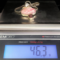 Necklace has a 46.3 Gram total weight