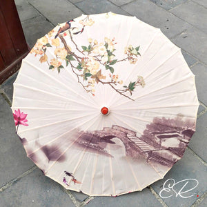Ombrelle chinoise ancienne beige