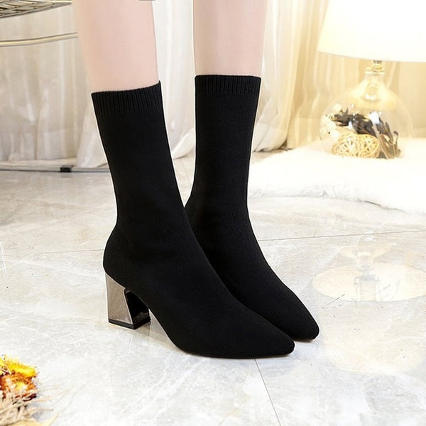 2020 Hot Women Black Ankle Boots   Chunky low Heels and Pointed Toe