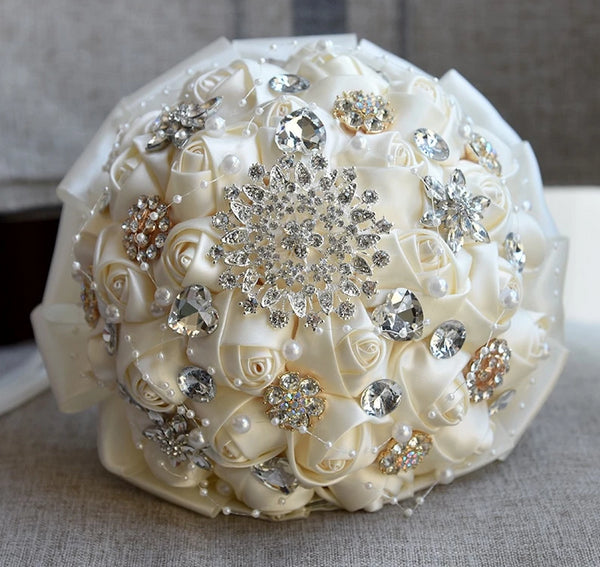 H&S BRIDAL Crystal Satin Wedding Bouquet Pearls Bouquet for Bridal Ivory bouquet de mariage White Bridesmai bouquet de mariee