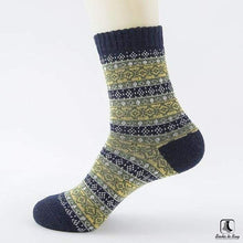 Load image into Gallery viewer, Patterns of Winter Comfy Socks - Socks to Buy 7