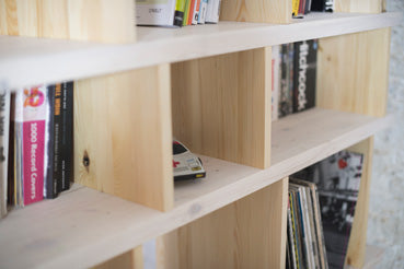 Shelving system Alma out of solid wood