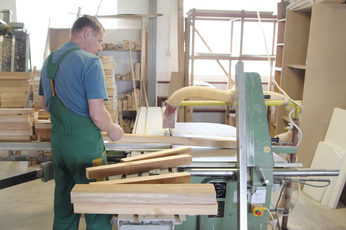 Furniture construction Wood Cutting