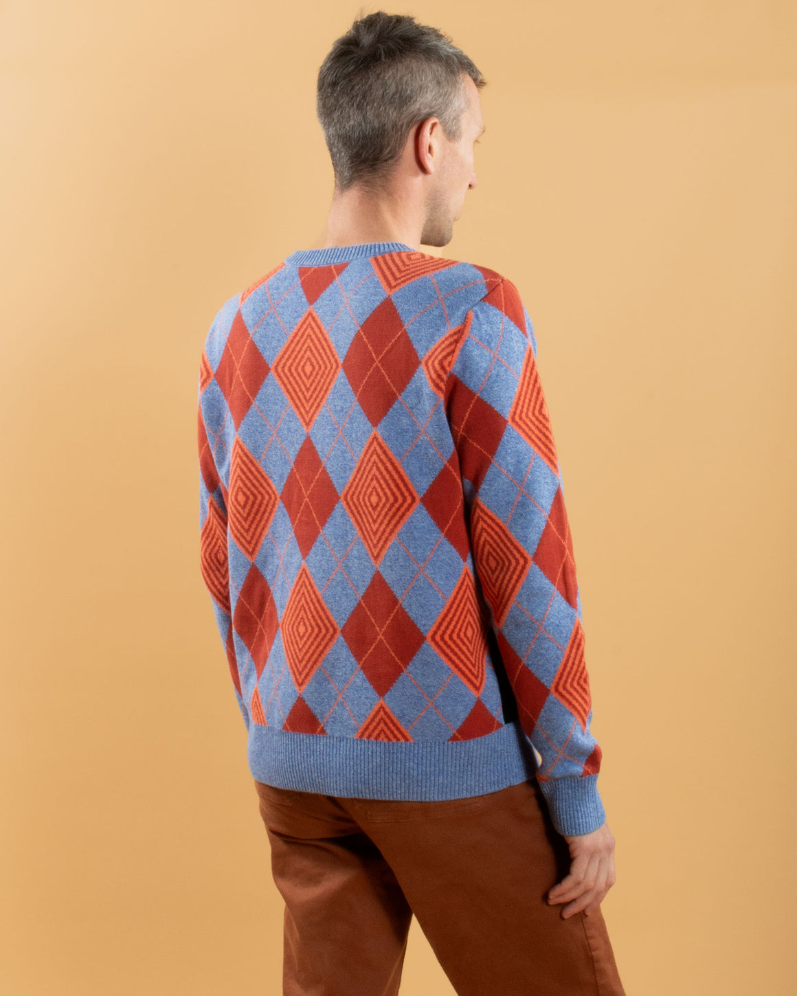 Optical Argyle Kitty Sweater in Blue