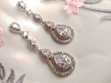 Load image into Gallery viewer, Starlet earrings E1688