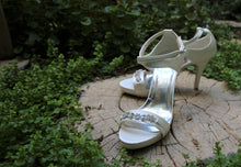 Load image into Gallery viewer, Bridal Shoes- S500