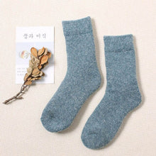 Load image into Gallery viewer, Urgot 3 Pairs Super Thicker Socks Women Merino Wool Rabbit Socks Against Cold Snow Russia Winter Warm Female Women's Socks Meias