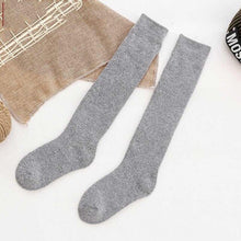 Load image into Gallery viewer, Urgot 5 Pairs Womens High Socks Cotton Thickening Terry Socks Autumn Winter Plus Velvet Warm Socks Women Long Tube Knee Pile Sox