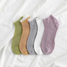 Load image into Gallery viewer, Urgot 5 Pairs Women Ankle Socks Spring Summer Wooden Ear Mesh Ladies Boat Socks Small Fresh Street Solid Color Female Sock Meias