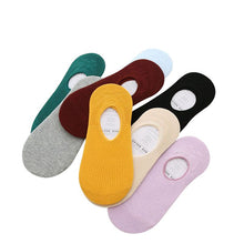 Load image into Gallery viewer, 6 Pairs Women Non-slip Silicine Invisible Low Cut Boat Socks Summer Breathable Solid Candy Color Girls Comfortable Cotton Meias