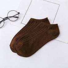 Load image into Gallery viewer, Urgot 10 Pairs Mens Socks Spring Summer Korean 8 Color Fashion Invisible Boat Sock Breathable Japanese College Style Socks Mieas