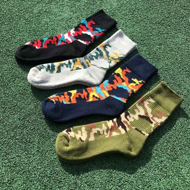 Urgot 5 Pairs/lot Men's Socks High Stretchy Thicken Warm Long Tube Camouflage Terry Towel Socks Men Durable Calcetines Hombre