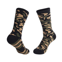 Load image into Gallery viewer, Urgot 3 Pairs Men's Thick Towel Bottom Socks Sweat-Absorbent Wear-Resistant Camouflage Socks Comfort Breathable Sports Socks