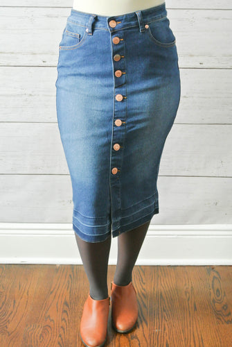 Indigo wash fitted button down skirt - MODESTALINDA