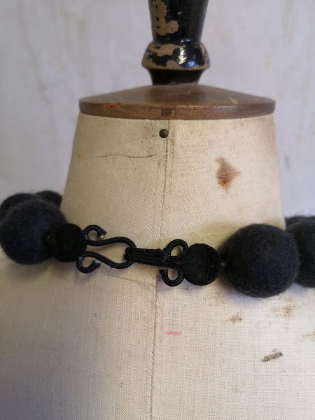 Merino Bead Necklace Charcoal