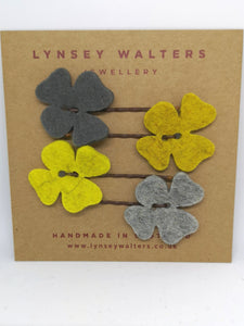 Set of 4 flower hairslides - Mustard