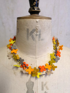 Flower Confetti Necklace Orange Mix
