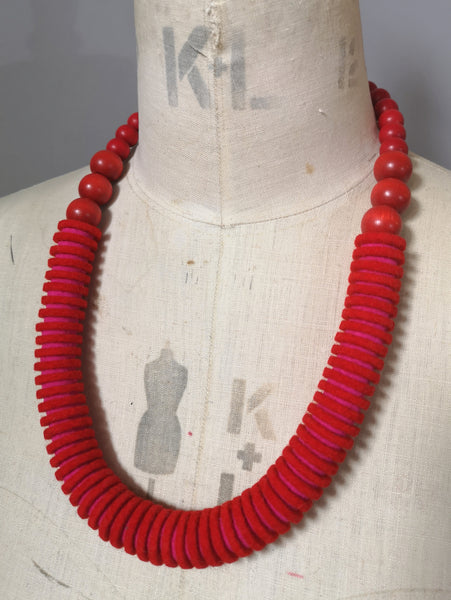 Vertebrae Necklace in Scarlet & Pink