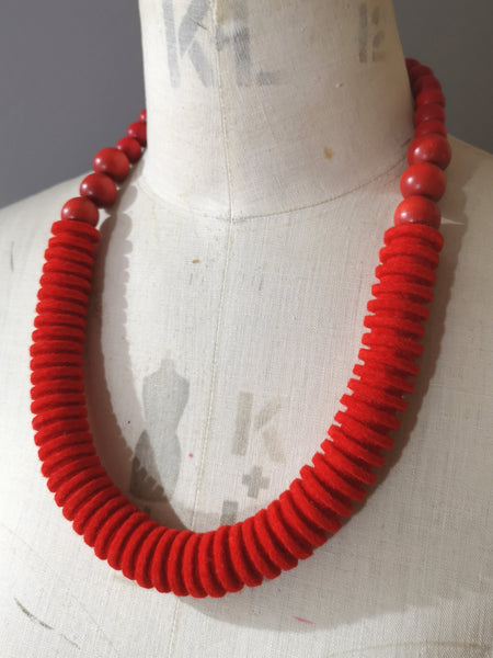 Vertebrae Necklace in Scarlet