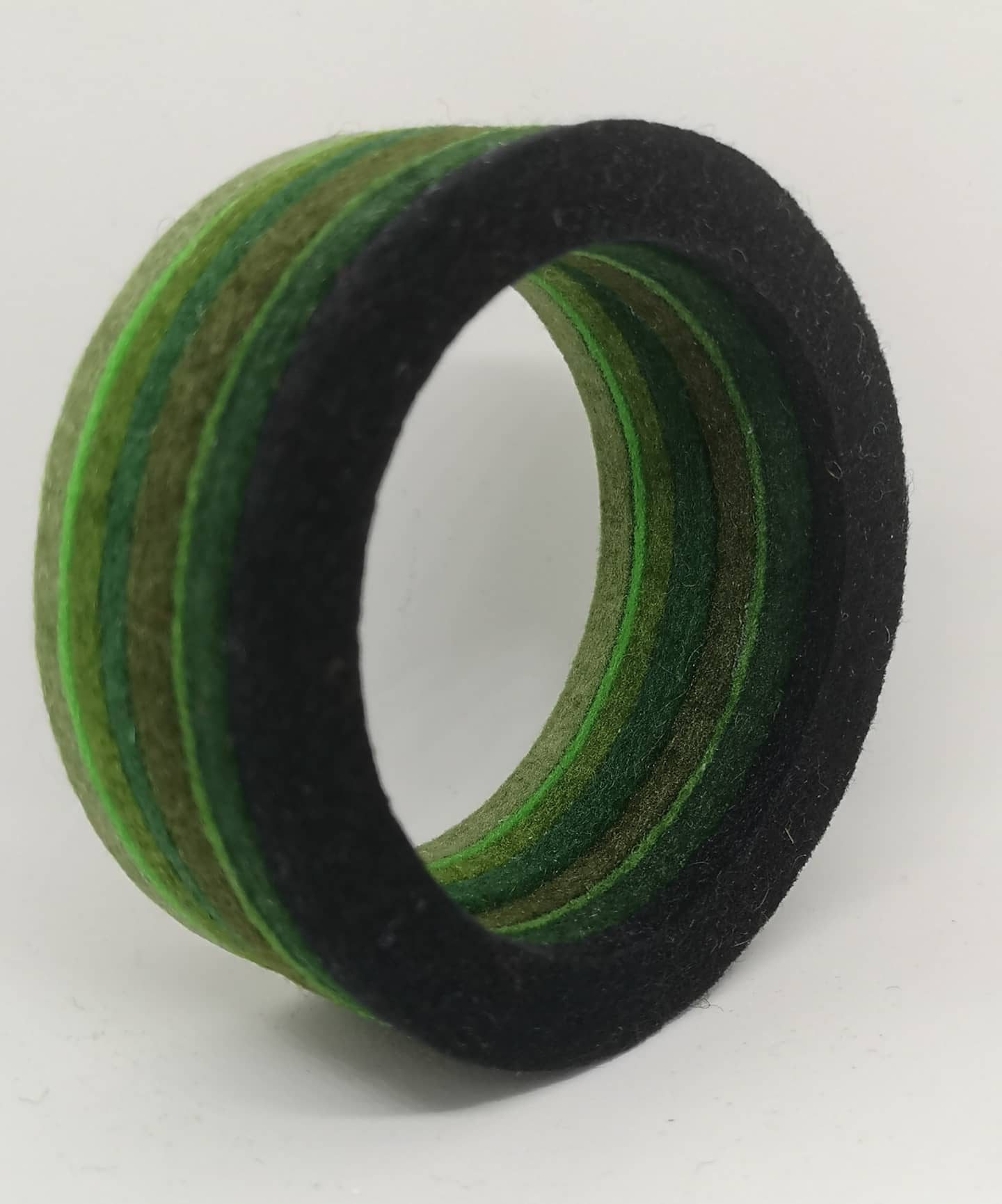 Chunky Bangle Ombre Black to Sage