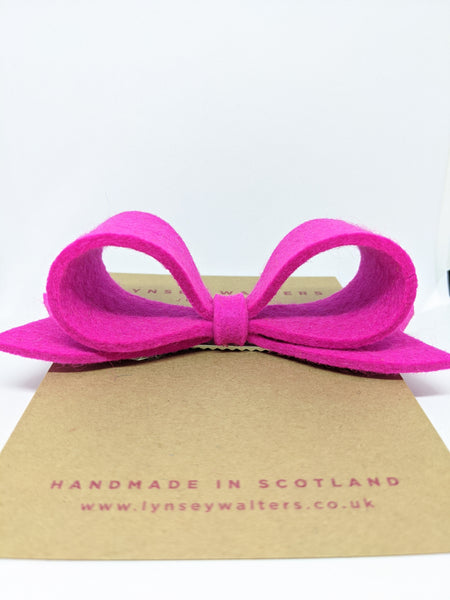 *NEW Bow Crocodile Clip - Neon Pink