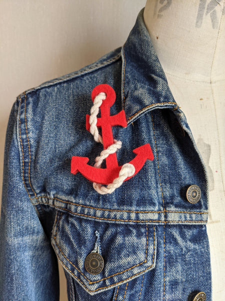 Anchor & Rope Brooch - Red