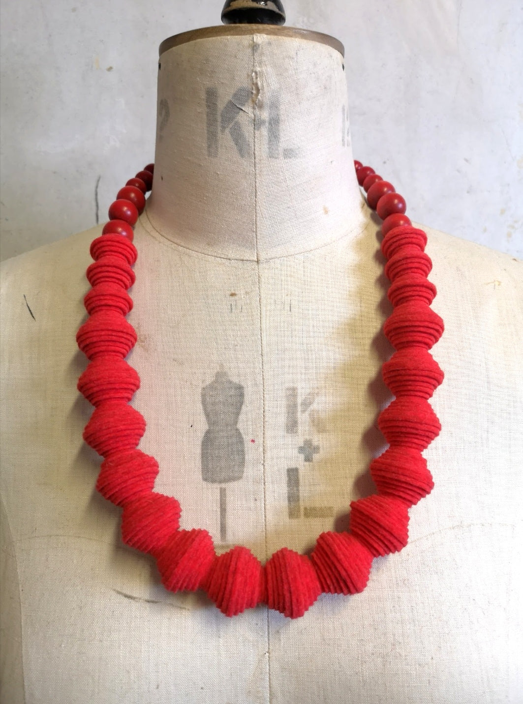 New Wave Necklace in Scarlet