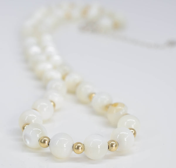 Handmade Mother of Pearl Necklace - Pixi Daisy
