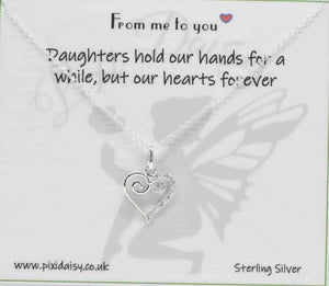 Daughters hold our hands sentiment necklace - Pixi daisy