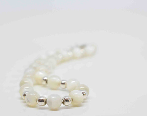 Mother of Pearl Bracelet - Pixi Daisy