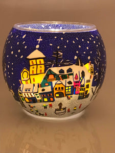 Village Square winter scene globe tea light holder from Pixi daisy