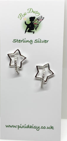 Crescent Moon & Star Earrings from Pixi Daisy