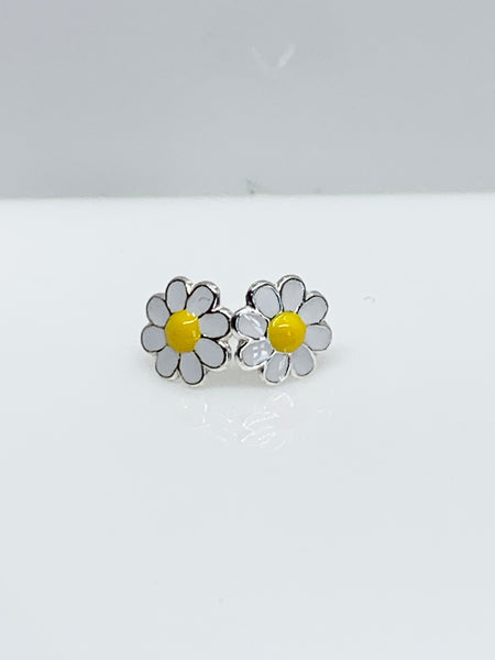 Small Daisy Sterling Silver Ear Studs