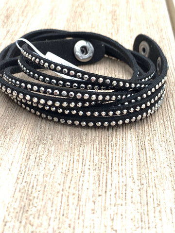 BoHo Betty Hellebore Black 2 Wrap Bracelet - pixi-daisy