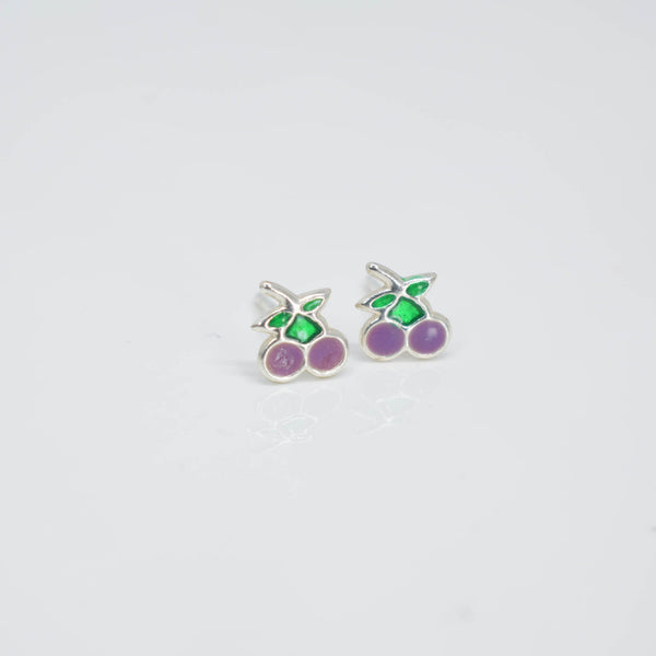 Cherry ear studs - Pixi daisy