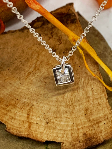 Open Cube Pendant from Pixi Daisy