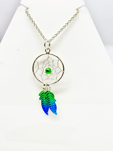 Dreamcatcher necklace - Pixi Daisy